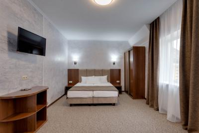 Номер 2-х комнатный люкс - №16, №20, №24